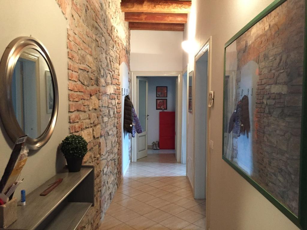 Appartamento in affitto a Bergamo, 2 locali, zona Località: CENTRALE, prezzo € 750 | Cambio Casa.it