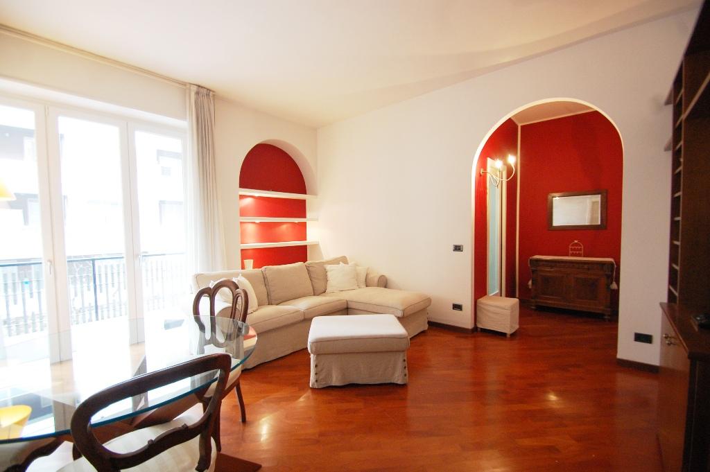 Appartamento in affitto a Bergamo, 2 locali, zona Località: CENTRALE, prezzo € 650 | Cambio Casa.it