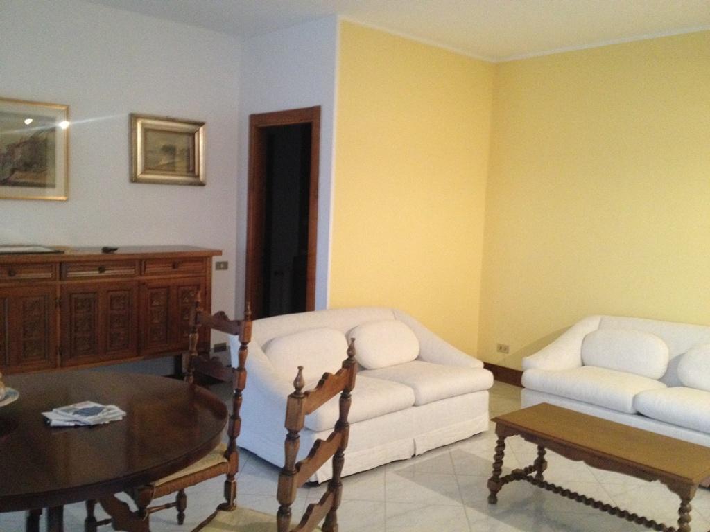 Appartamento in affitto a Bergamo, 3 locali, zona Località: (ZONA CELADINA), prezzo € 700 | Cambiocasa.it