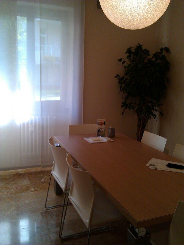 Ufficio / Studio in affitto a Bergamo, 2 locali, zona Località: CENTRALE, prezzo € 500 | Cambio Casa.it
