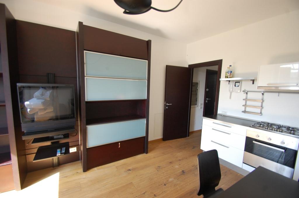 Appartamento in affitto a Bergamo, 2 locali, zona Località: VALTESSE, prezzo € 550 | Cambio Casa.it