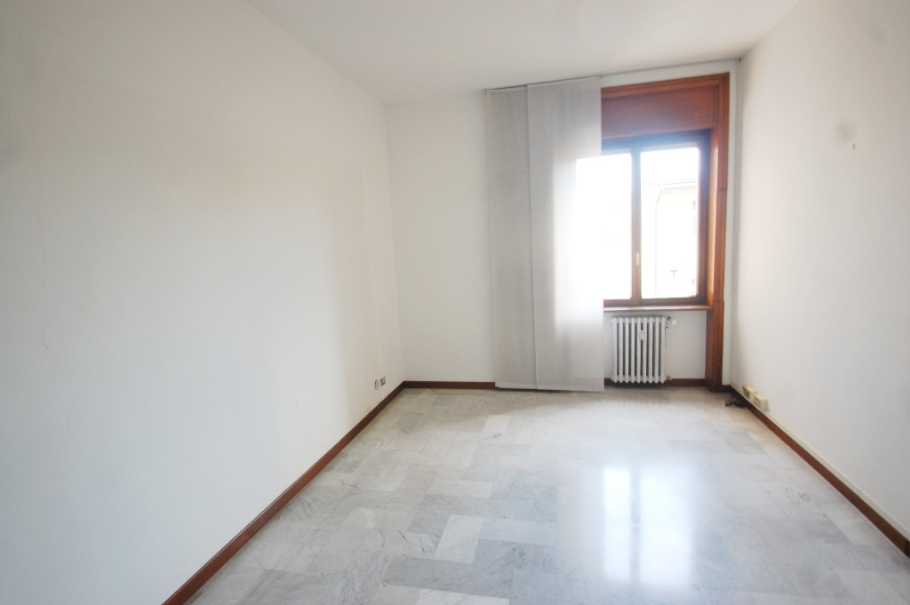 Ufficio / Studio in affitto a Bergamo, 3 locali, Trattative riservate | CambioCasa.it