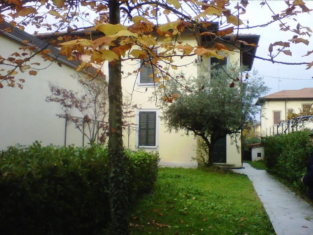 Soluzione Semindipendente in Vendita a Bergamo