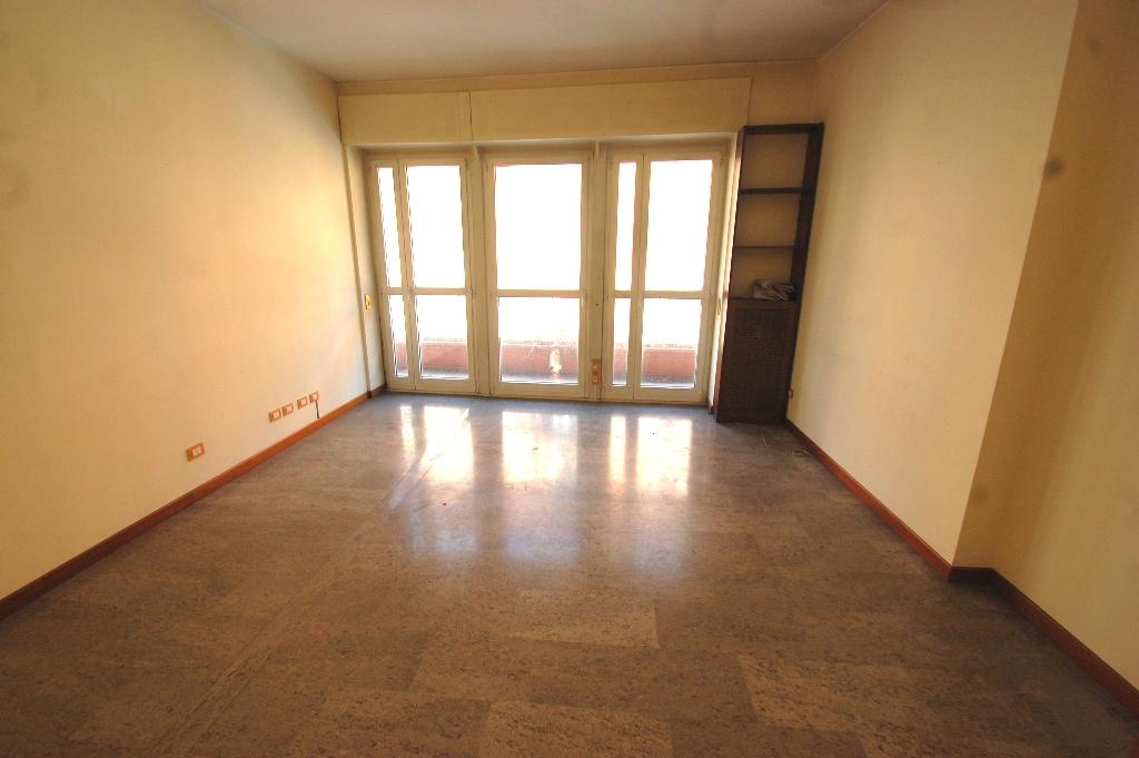 Ufficio in buone condizioni in affitto Rif. 4771203