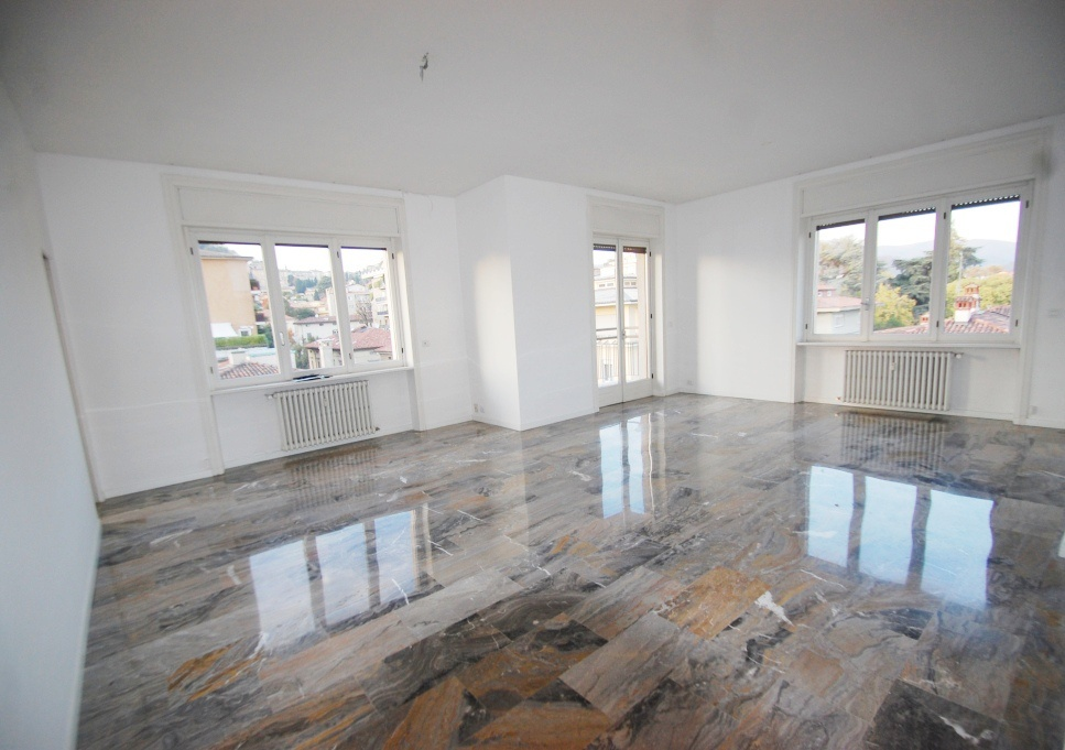 Appartamento in affitto a Bergamo, 4 locali, prezzo € 1.583 | CambioCasa.it