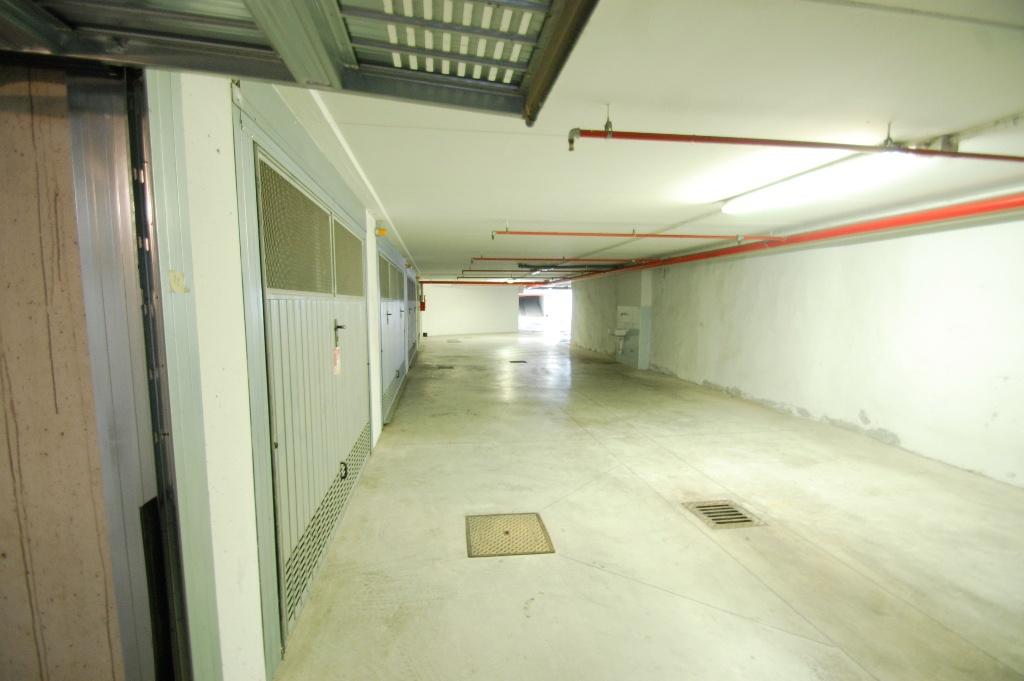 Box / Garage in affitto a Bergamo, 1 locali, Trattative riservate | CambioCasa.it
