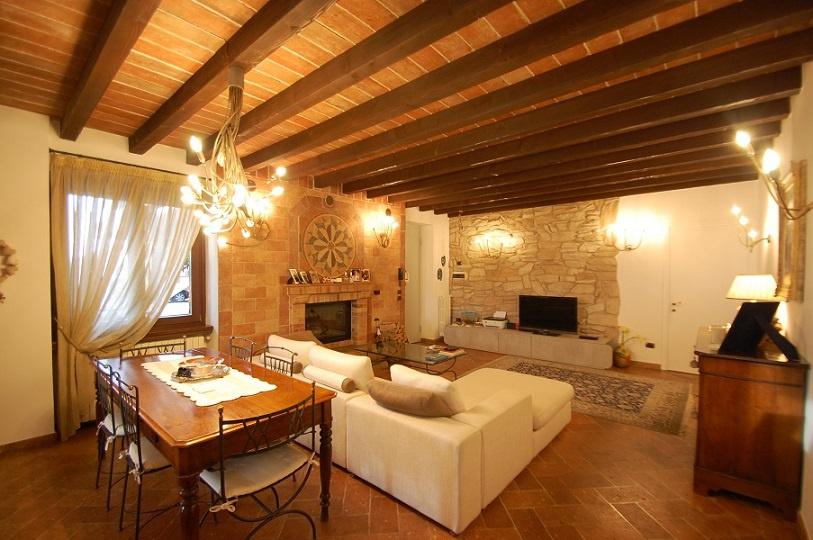 Appartamento ristrutturato in vendita Rif. 9106055