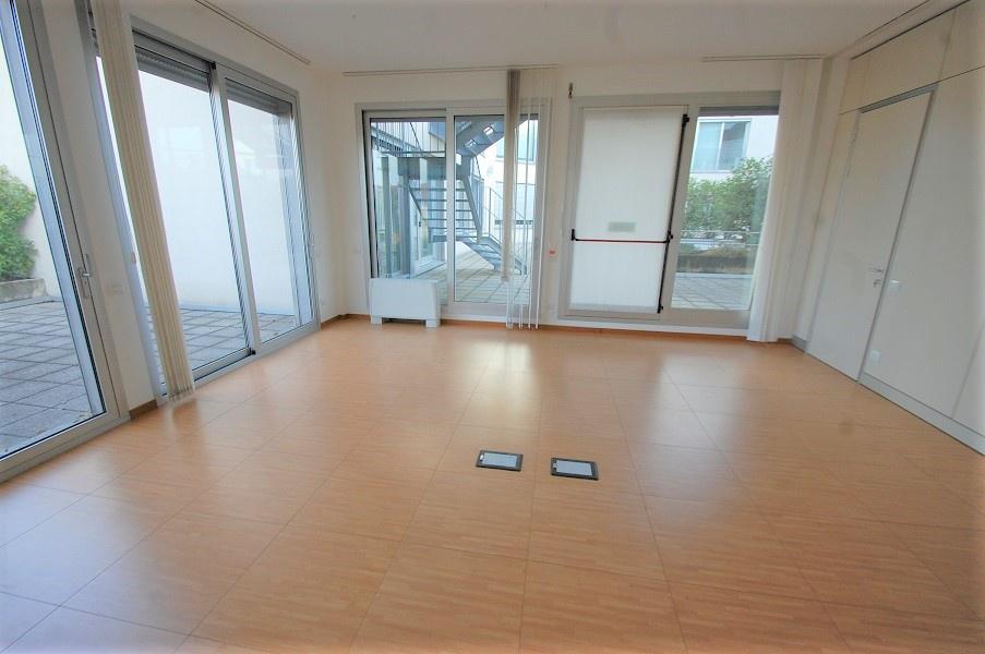 Ufficio in ottime condizioni in affitto Rif. 11656390
