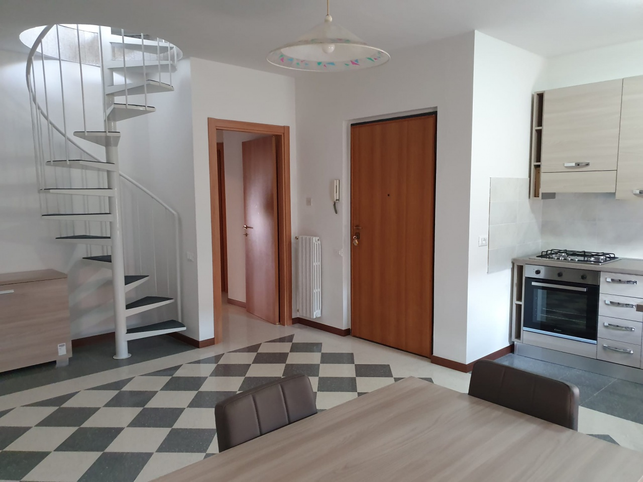 Appartamento ristrutturato in affitto Rif. 12267144