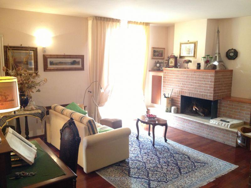 Casa Indipendente in ottime condizioni in vendita Rif. 4771373