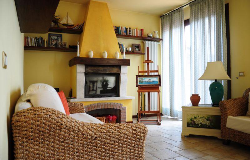 Villetta a schiera in ottime condizioni in vendita Rif. 4771375