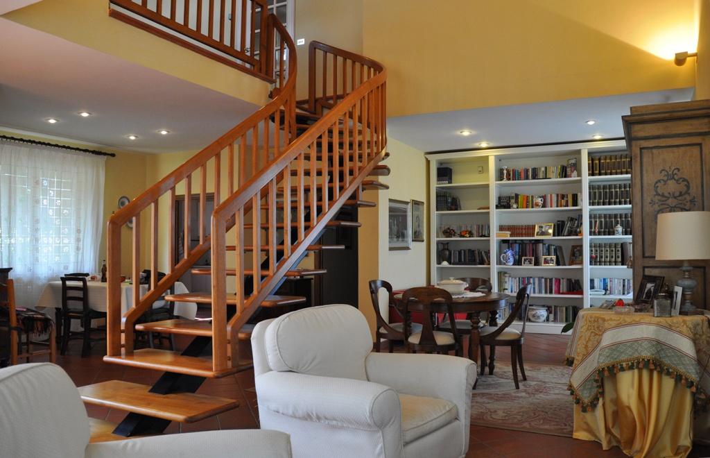 Villa in ottime condizioni in vendita Rif. 7854442