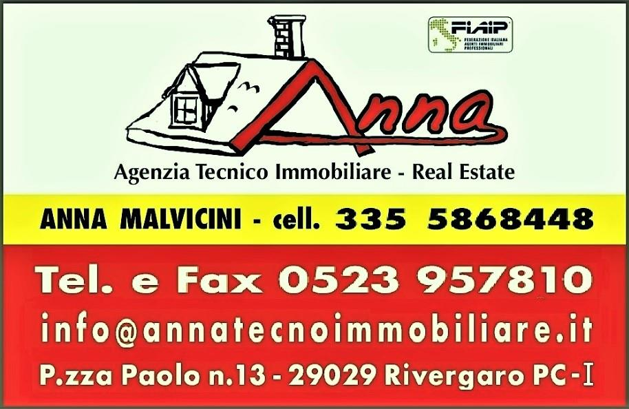 Vendesi a San Giorgio Piacentino Villa a Schiera