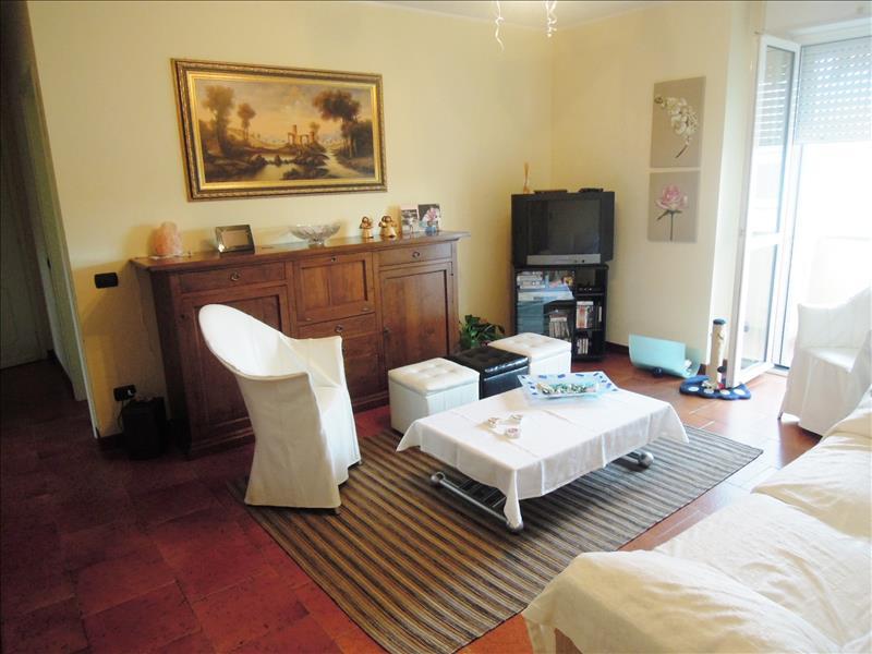 Appartamento in buone condizioni in vendita Rif. 4771477