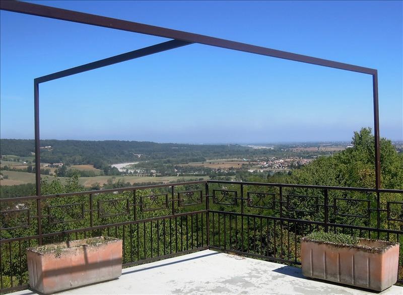 Villa in vendita a Rivergaro, 8 locali, prezzo € 420.000 | CambioCasa.it