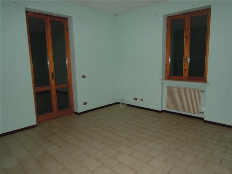 Appartamento in buone condizioni in vendita Rif. 4771496