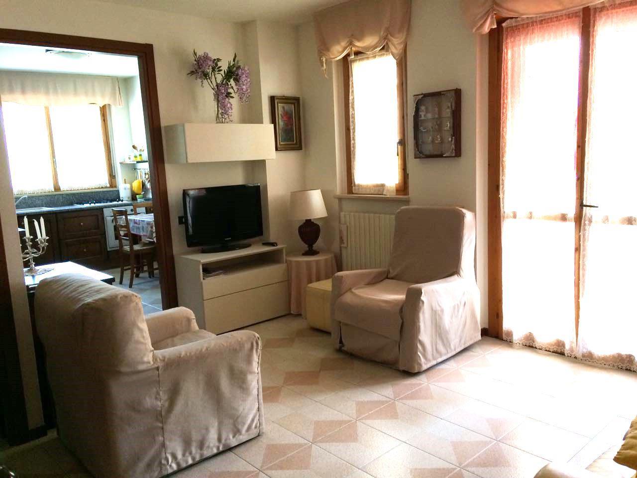 Appartamento in buone condizioni in vendita Rif. 7223891