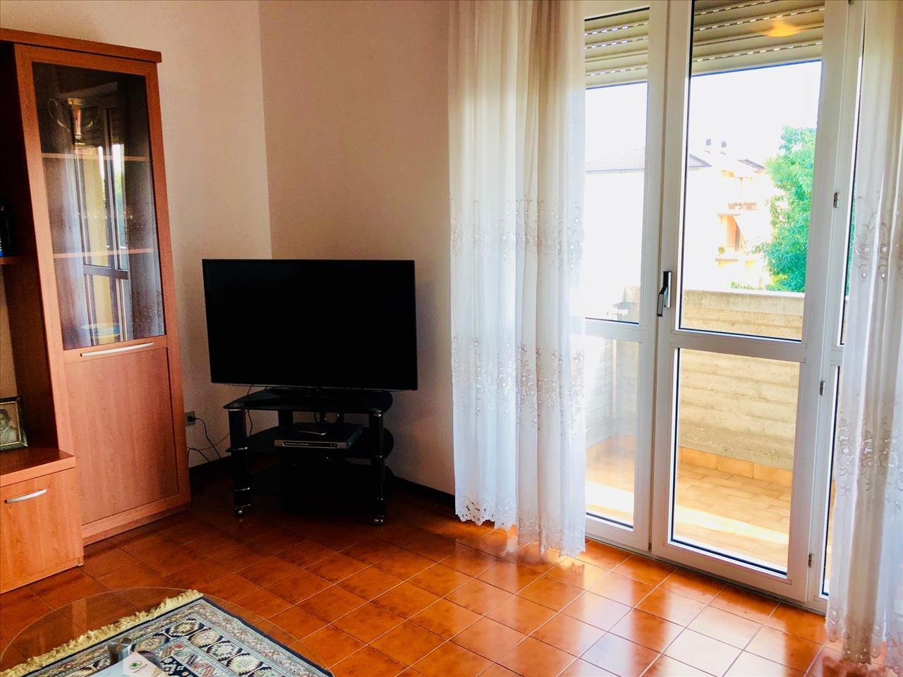 Appartamento in buone condizioni in vendita Rif. 7639435
