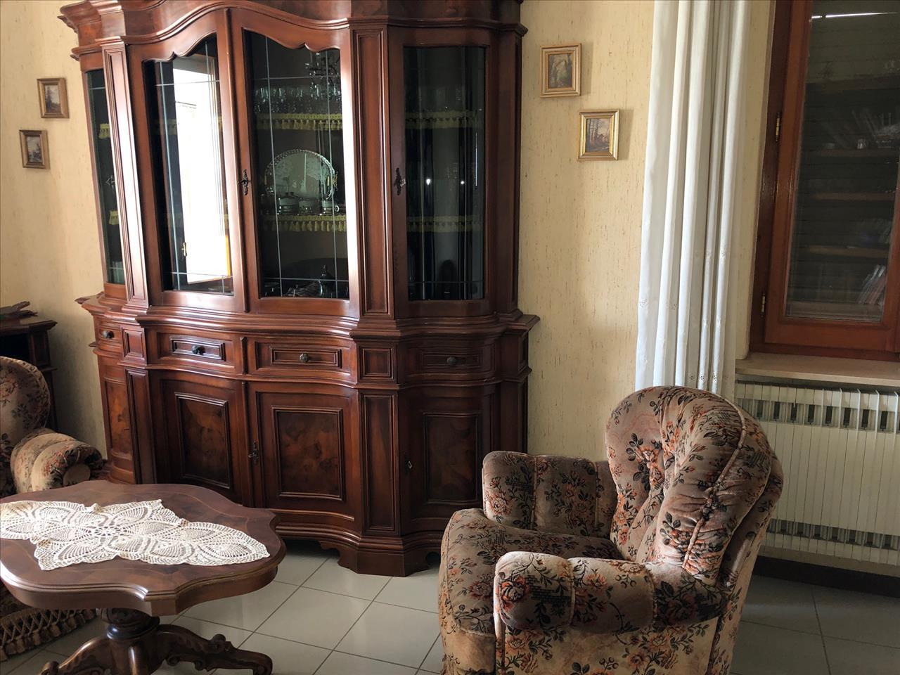 Soluzione Indipendente in vendita a Vigolzone, 6 locali, prezzo € 290.000 | CambioCasa.it