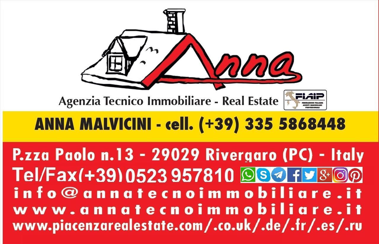 Villa in vendita a San Giorgio Piacentino, 4 locali, prezzo € 400.000 | CambioCasa.it