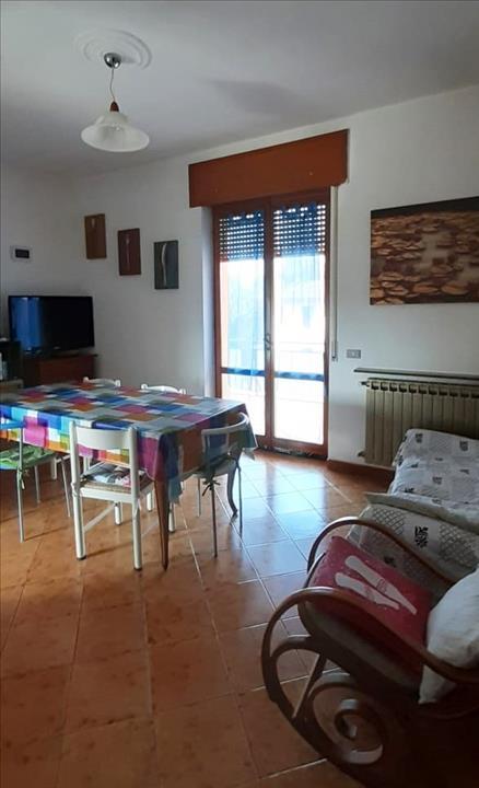 Appartamento in vendita a Vigolzone, 3 locali, prezzo € 90.000   CambioCasa.it