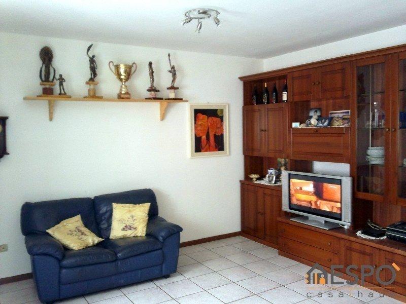 Appartamento in vendita a Laives, 3 locali, zona Località: PAESE, prezzo € 270.000 | Cambio Casa.it