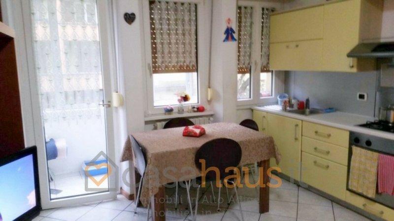 Appartamento in vendita a Bolzano, 3 locali, zona Località: ROMA PZZ.A MATTEOTTI, prezzo € 240.000 | Cambio Casa.it