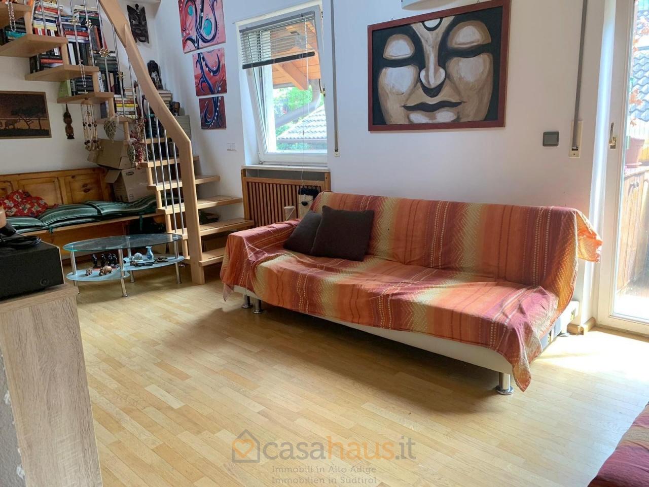 Appartamento in buone condizioni arredato in vendita Rif. 4771756