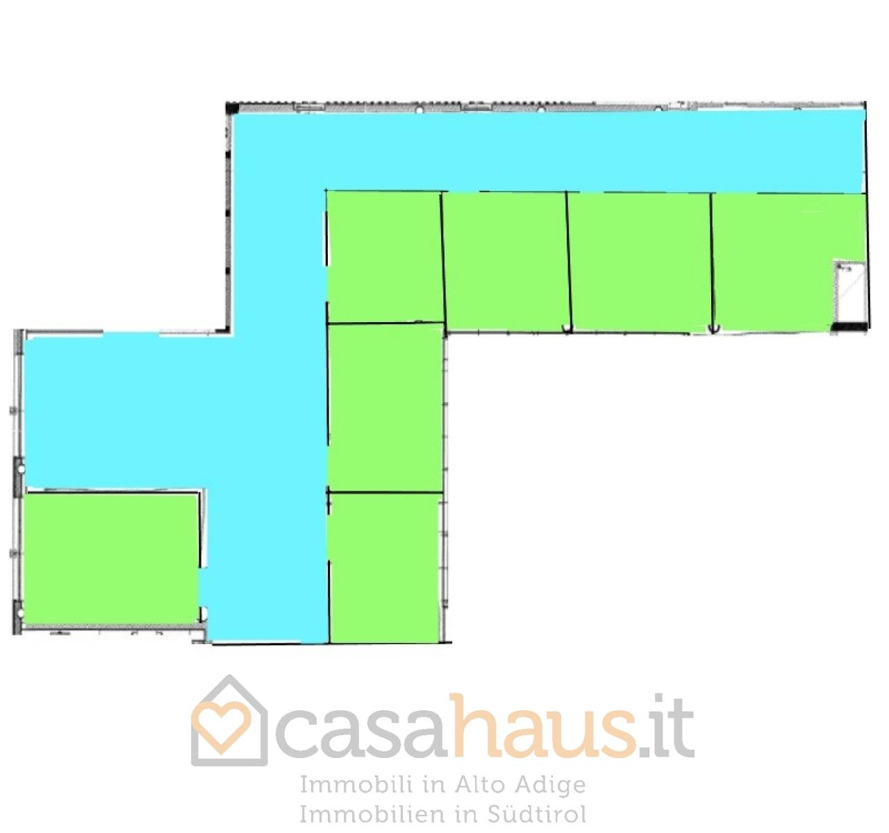 Ufficio / Studio in affitto a Bolzano, 7 locali, Trattative riservate | CambioCasa.it