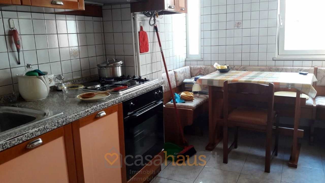 Appartamento da ristrutturare arredato in vendita Rif. 9204692