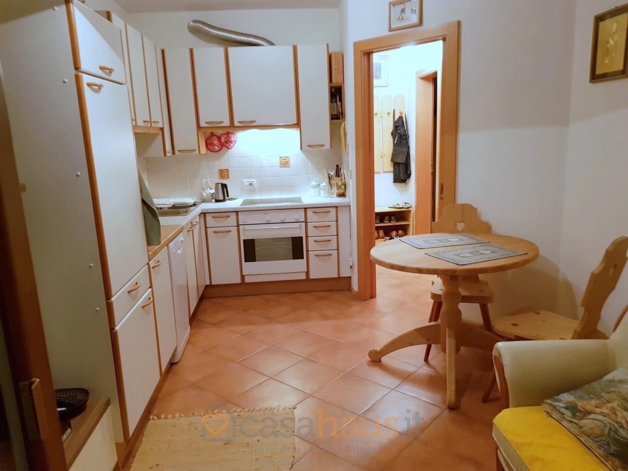 Appartamento in ottime condizioni arredato in vendita Rif. 9636336