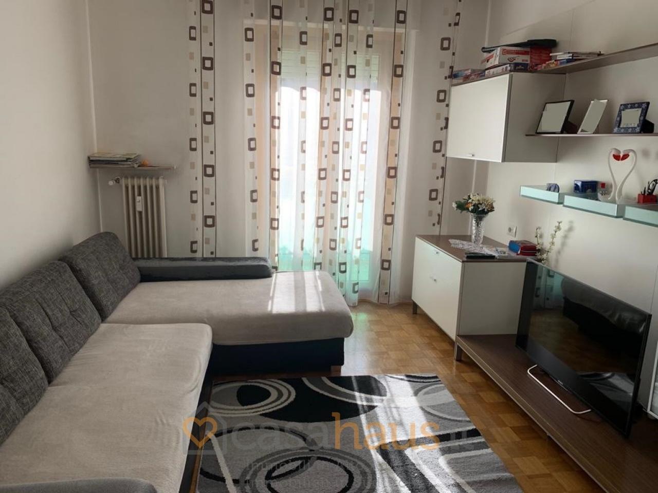 Appartamento in buone condizioni arredato in vendita Rif. 11092144