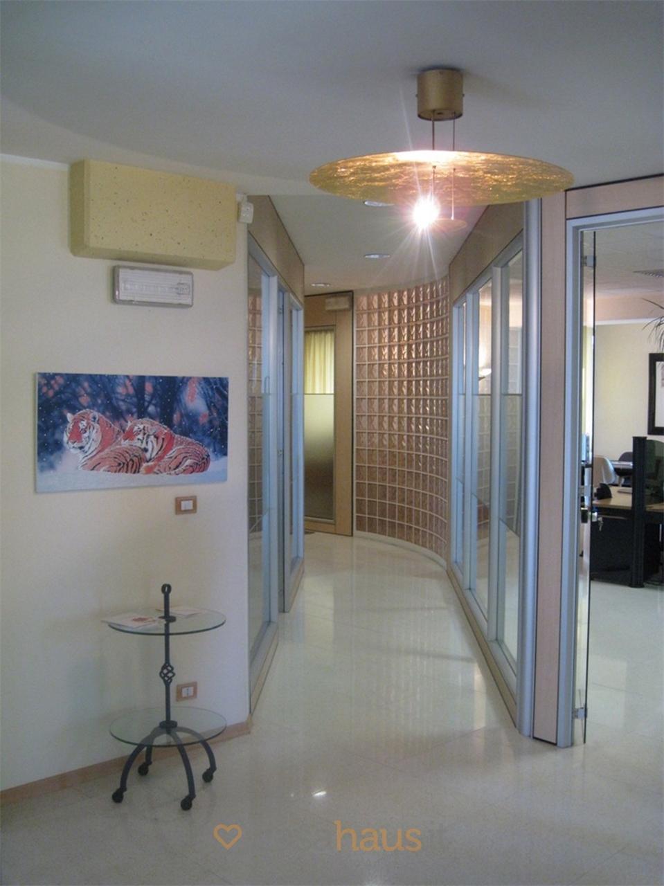 Ufficio / Studio in vendita a Bolzano, 1 locali, prezzo € 340.000 | PortaleAgenzieImmobiliari.it