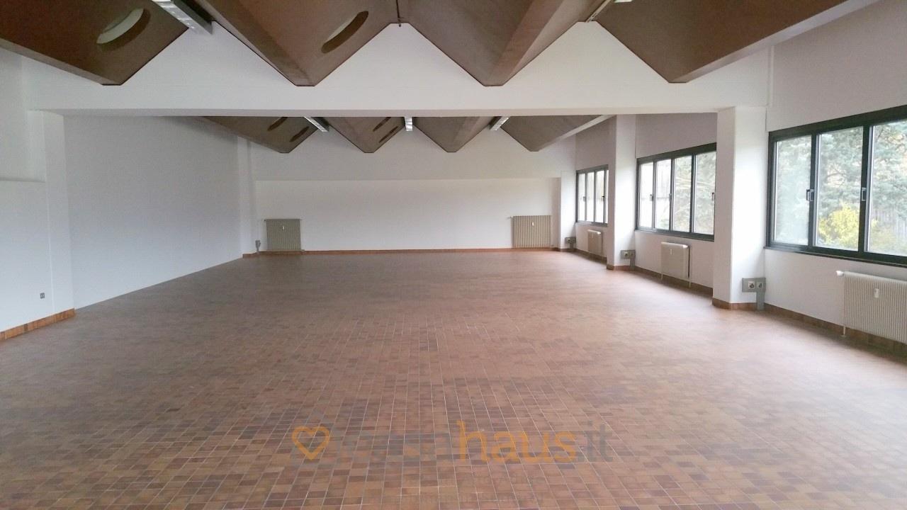 Ufficio / Studio in vendita a Caldaro sulla Strada del Vino, 1 locali, Trattative riservate | PortaleAgenzieImmobiliari.it
