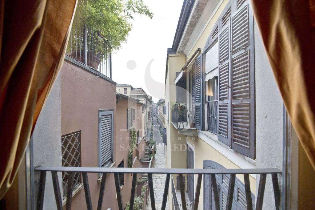 Bilocale Milano Via Della Spiga 4