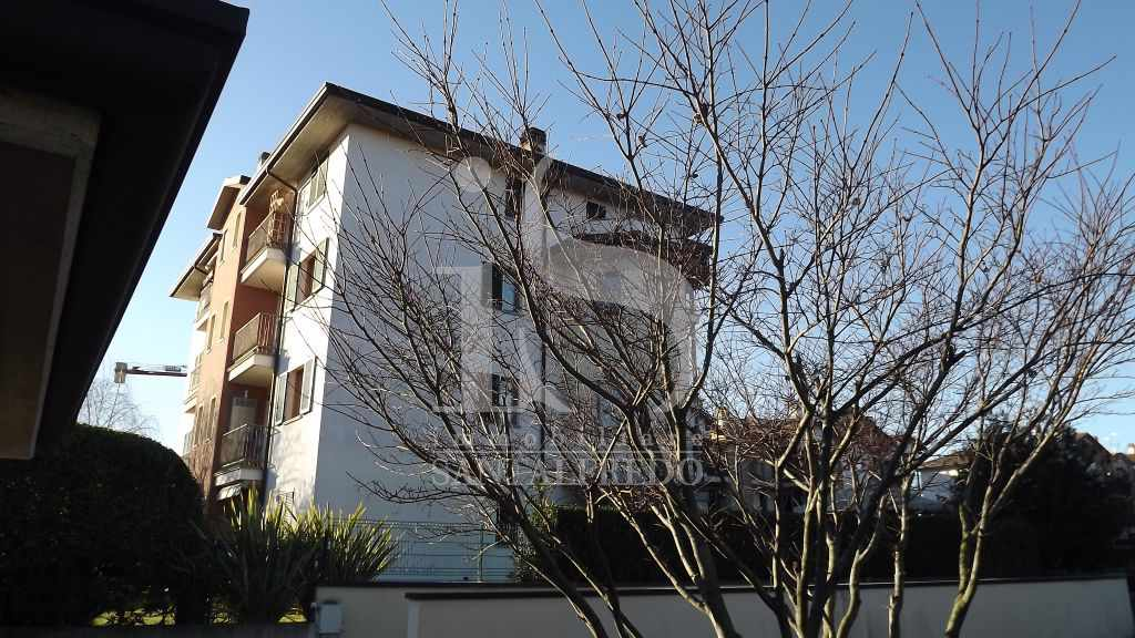 Bilocale Ornago Via Borsellino 10