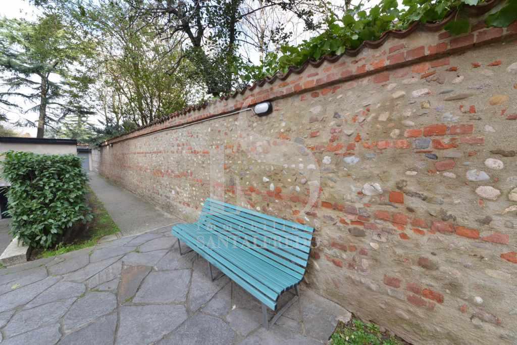 Bilocale Concorezzo Via Monsignor Cavezzali 2