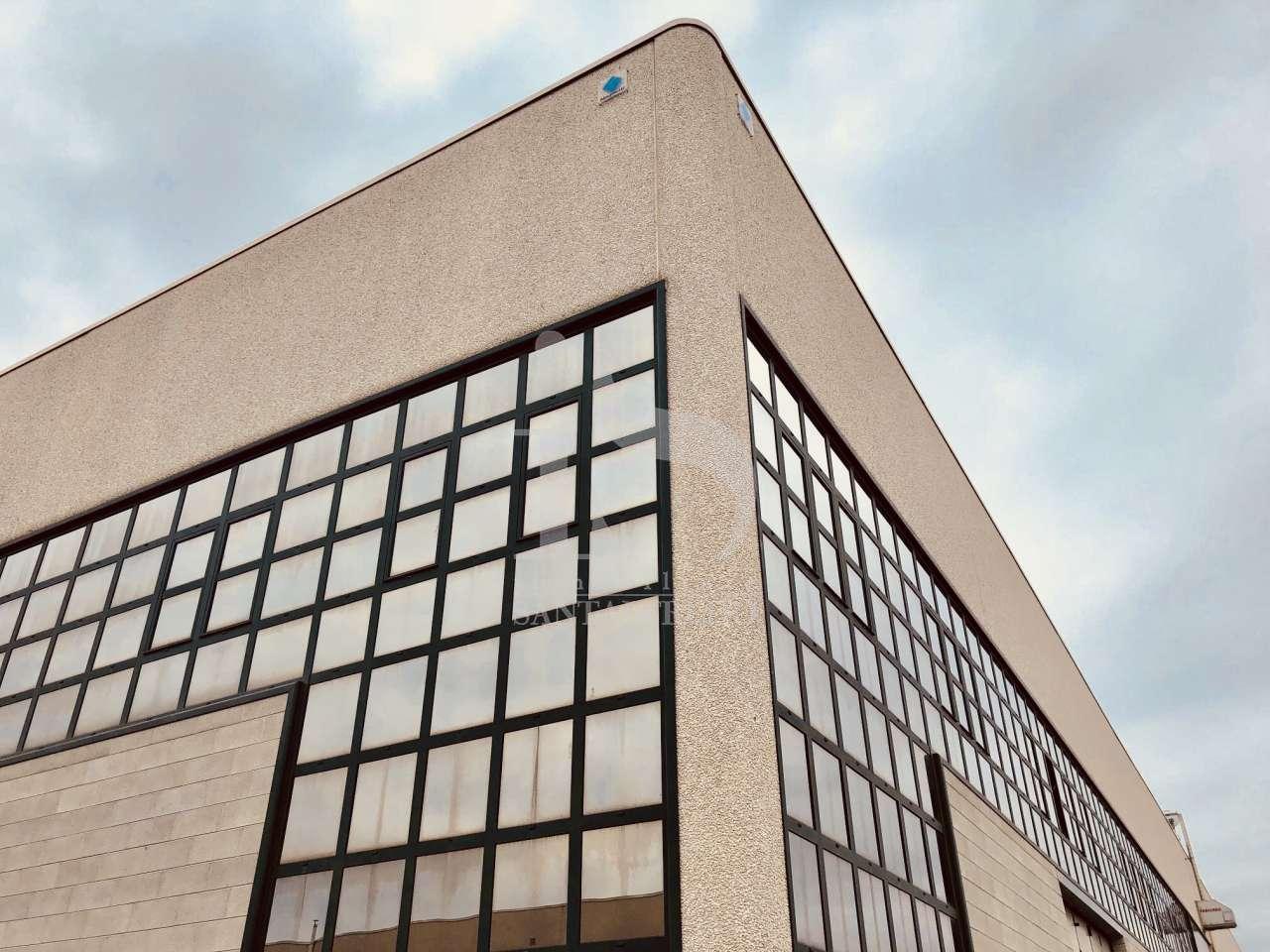 Magazzino - capannone da ristrutturare in vendita Rif. 5375784