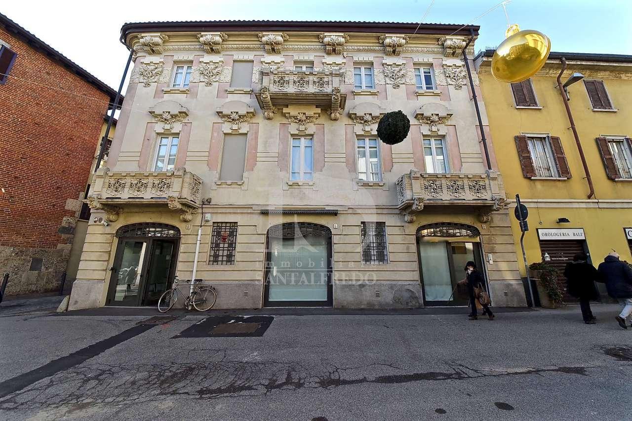 Stabile / Palazzo in ottime condizioni in vendita Rif. 7102711