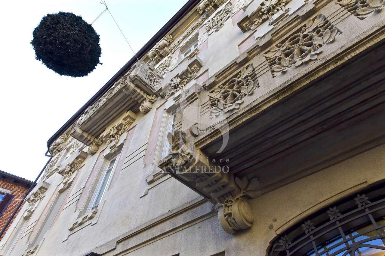 Stabile intero - Palazzo MONZA vendita  SAN GERARDO PIAZZA MISSORI IMMOBILIARE SANTALFREDO