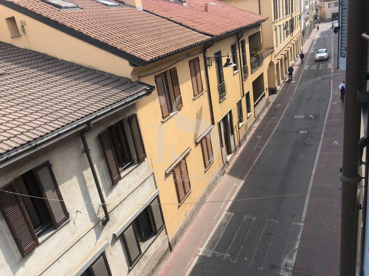 Appartamento CONCOREZZO affitto   VIA LIBERTA IMMOBILIARE SANTALFREDO