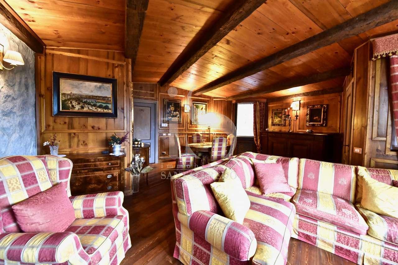 Appartamento in ottime condizioni arredato in vendita Rif. 11254401