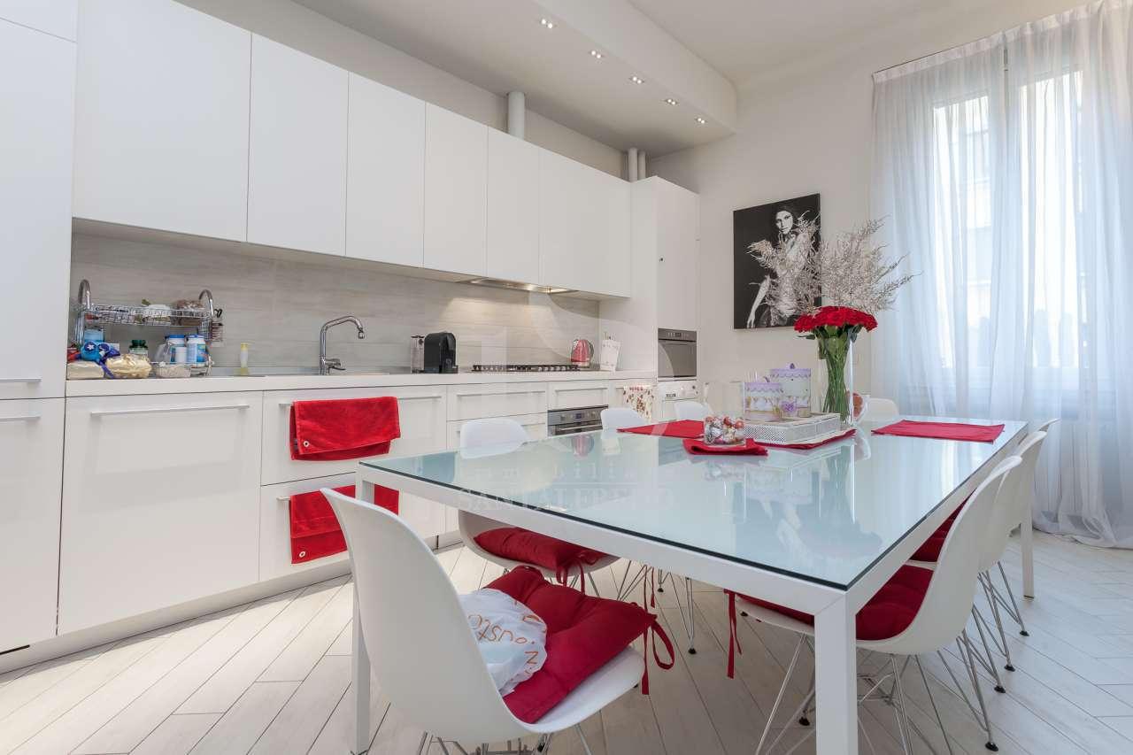Appartamento in ottime condizioni in affitto Rif. 11350473