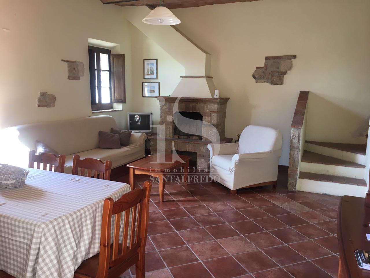 Appartamento in buone condizioni arredato in vendita Rif. 11369608