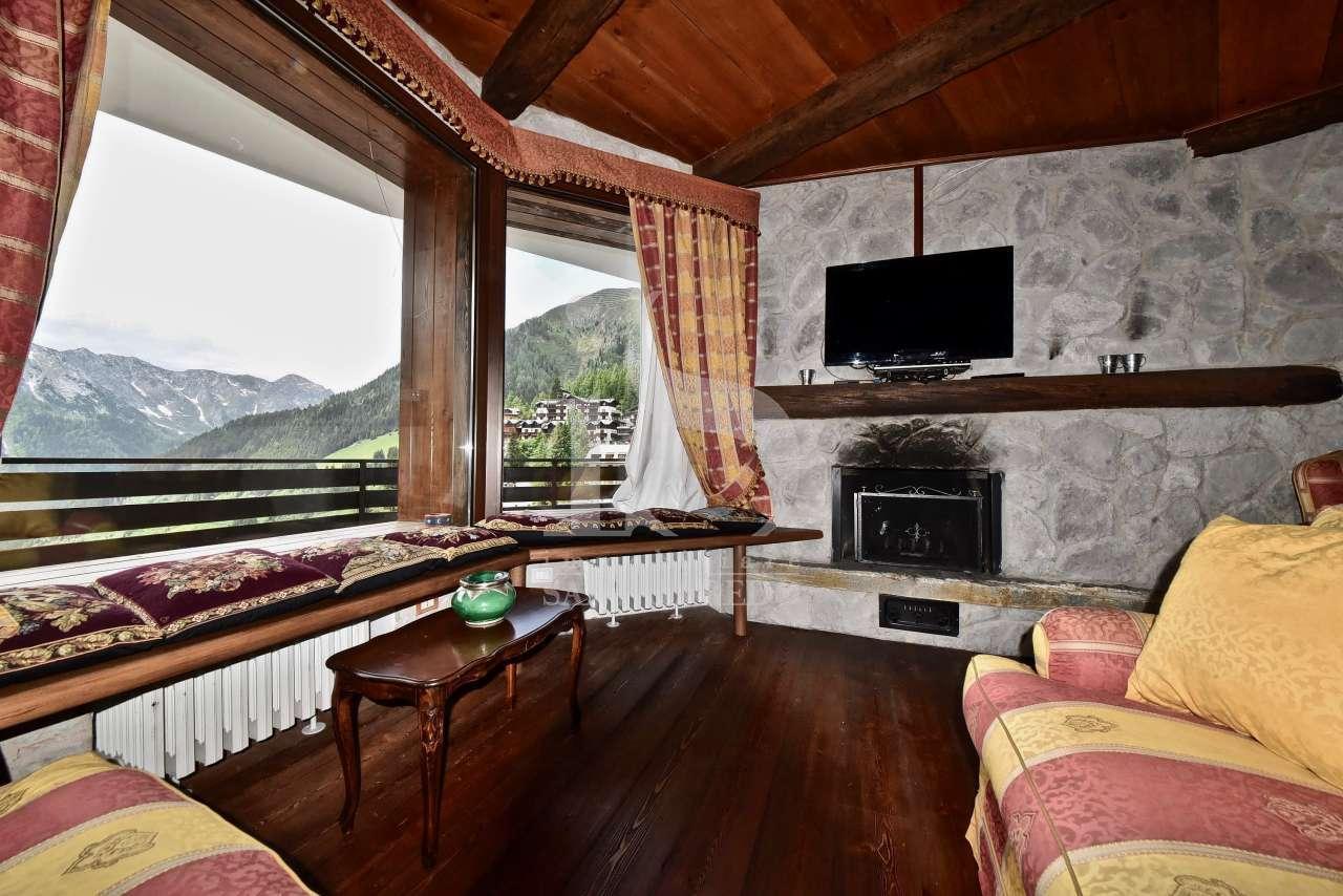 Appartamento in ottime condizioni arredato in vendita Rif. 11476800