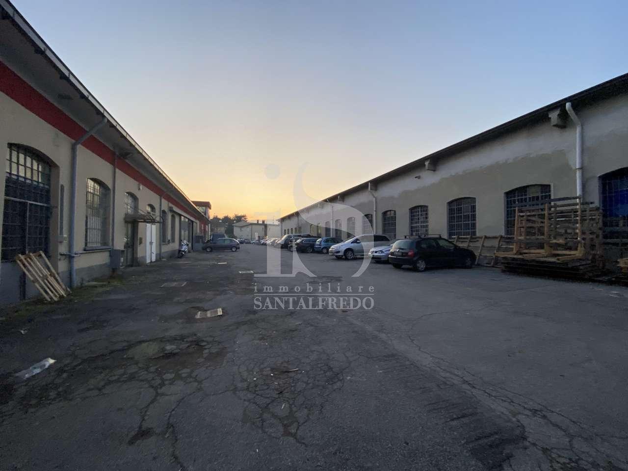 Capannone Industriale BRUGHERIO HOME 1833
