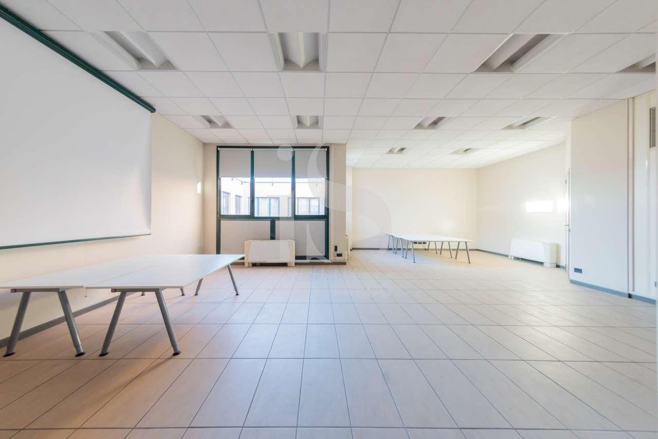 Ufficio in ottime condizioni in vendita Rif. 12388466