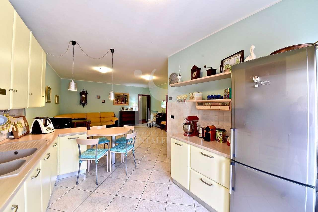Appartamento in vendita a Calusco d'Adda, 3 locali, prezzo € 92.000 | PortaleAgenzieImmobiliari.it