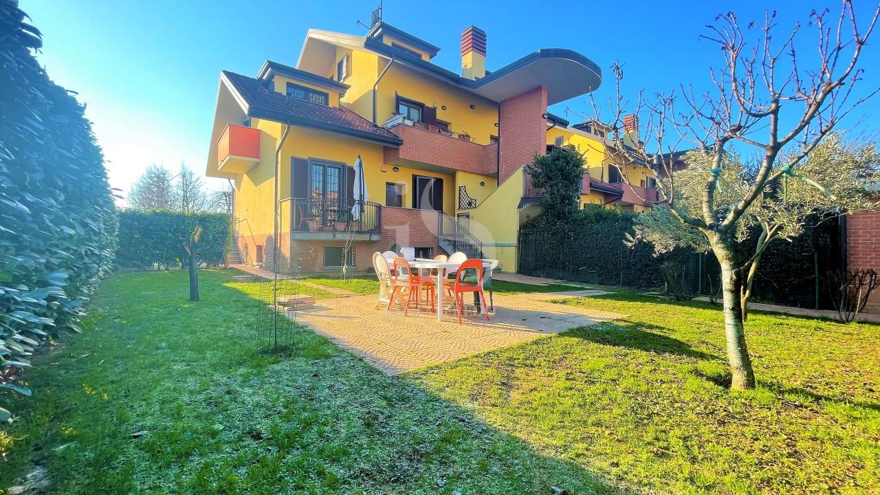 Villa a Schiera in affitto a Masate, 4 locali, prezzo € 1.200 | PortaleAgenzieImmobiliari.it