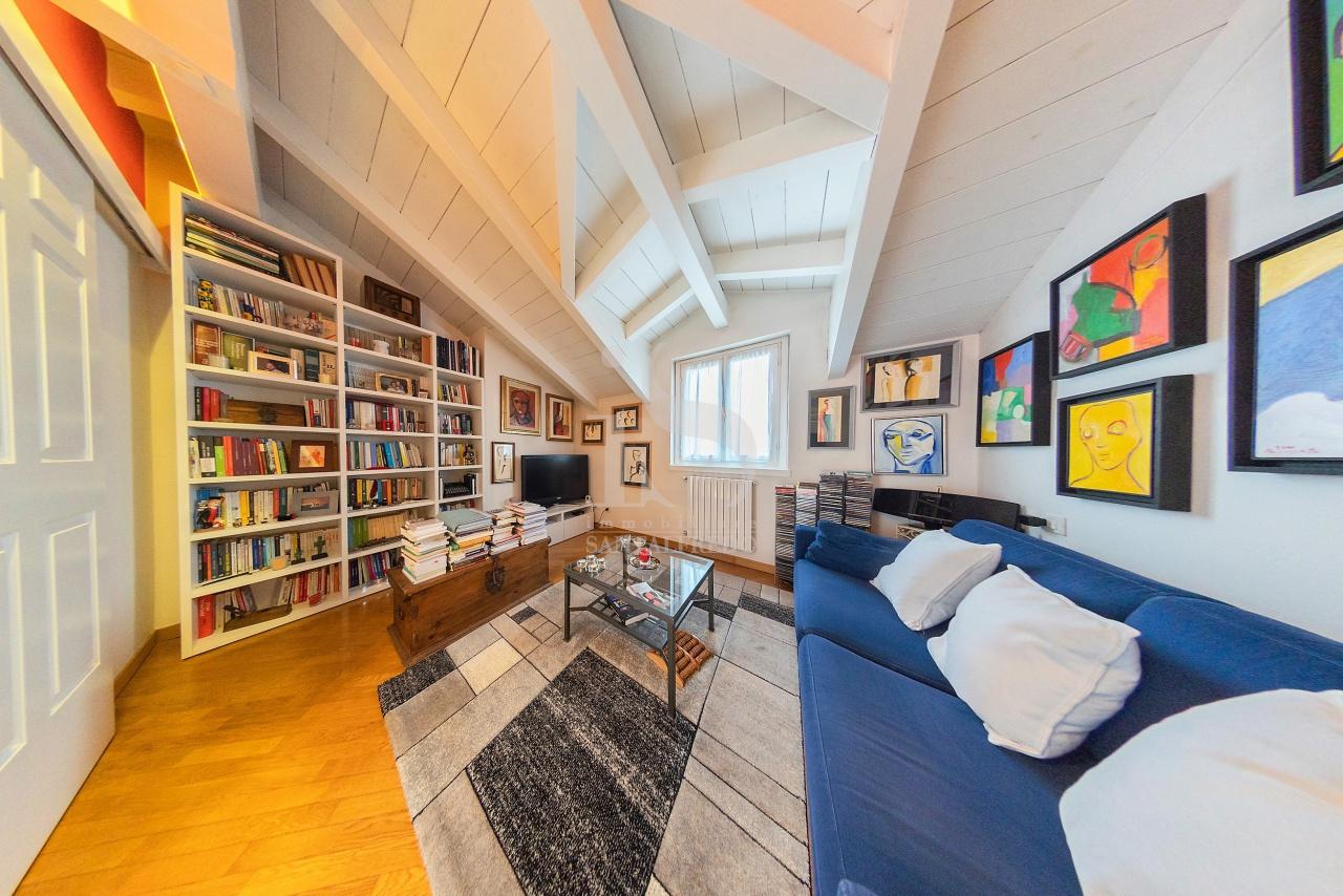 Appartamento in vendita a Villasanta, 3 locali, prezzo € 185.000   CambioCasa.it